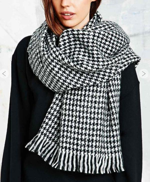 urban outfitters.houndstooth.scarf